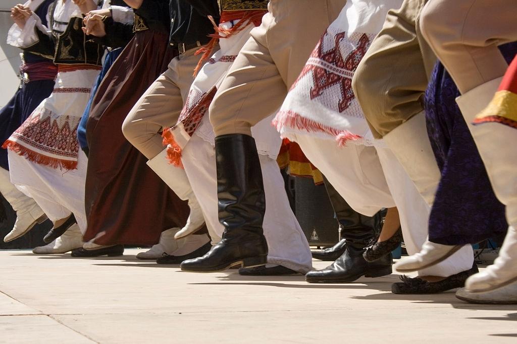 Crete traditional dance