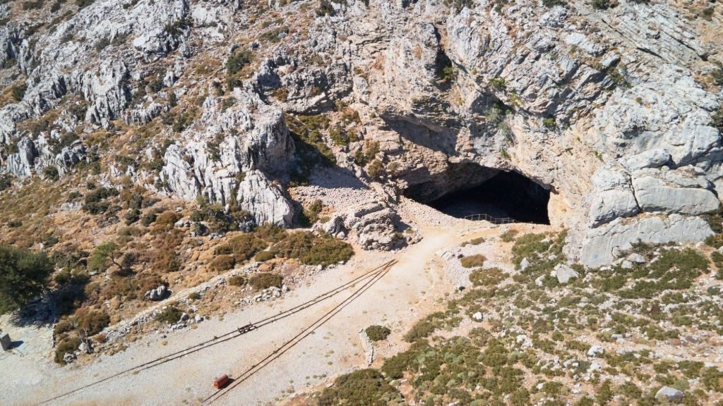 Ideon Andron Crete