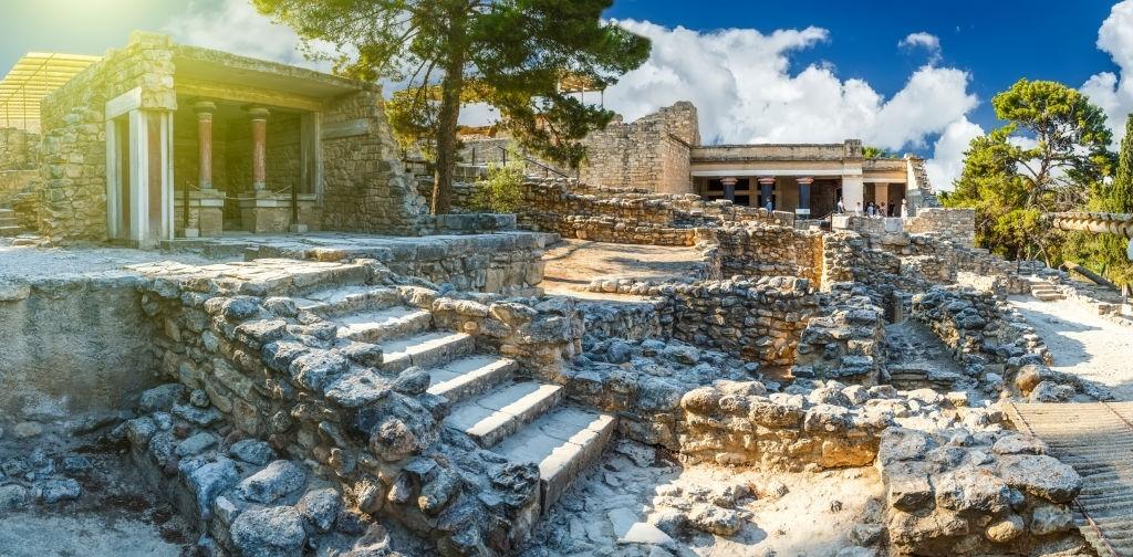 Knossos palace at Crete