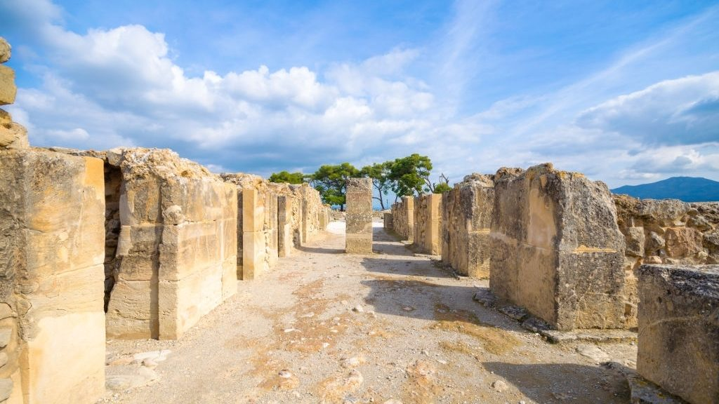 Minoan settlement at Apodoulou crete
