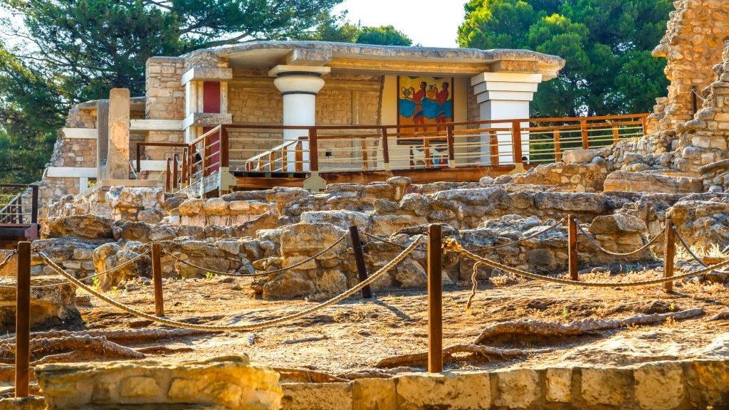 Nirou Minoan Villa